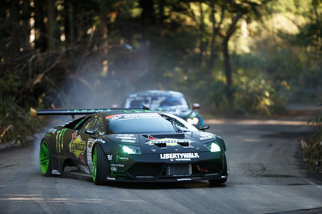 Lamborghini Murcielago vs Ford Mustang