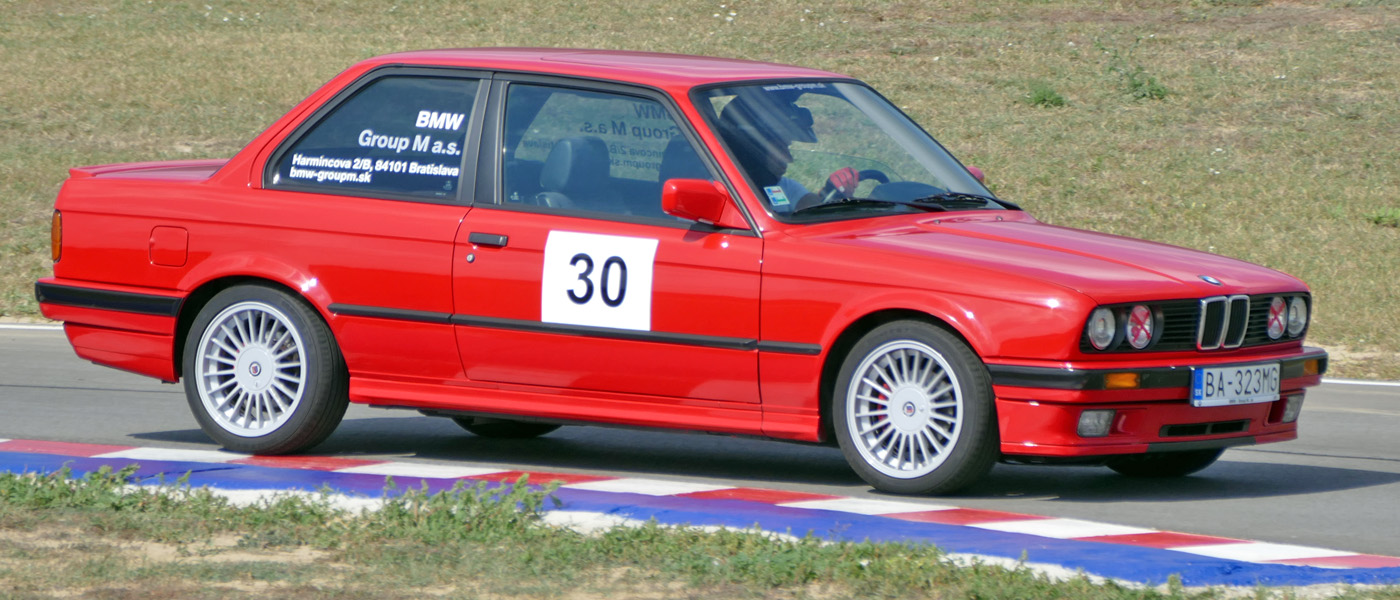 BMW E30 318IS