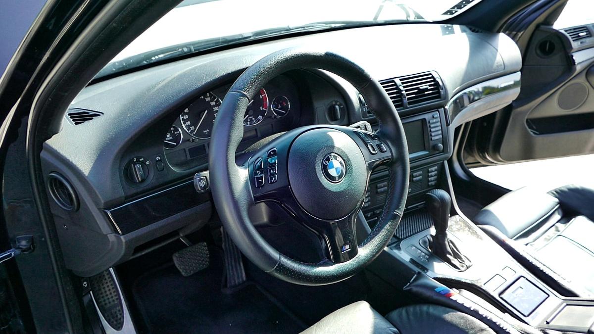 Interiér BMW E39 je nadčasový
