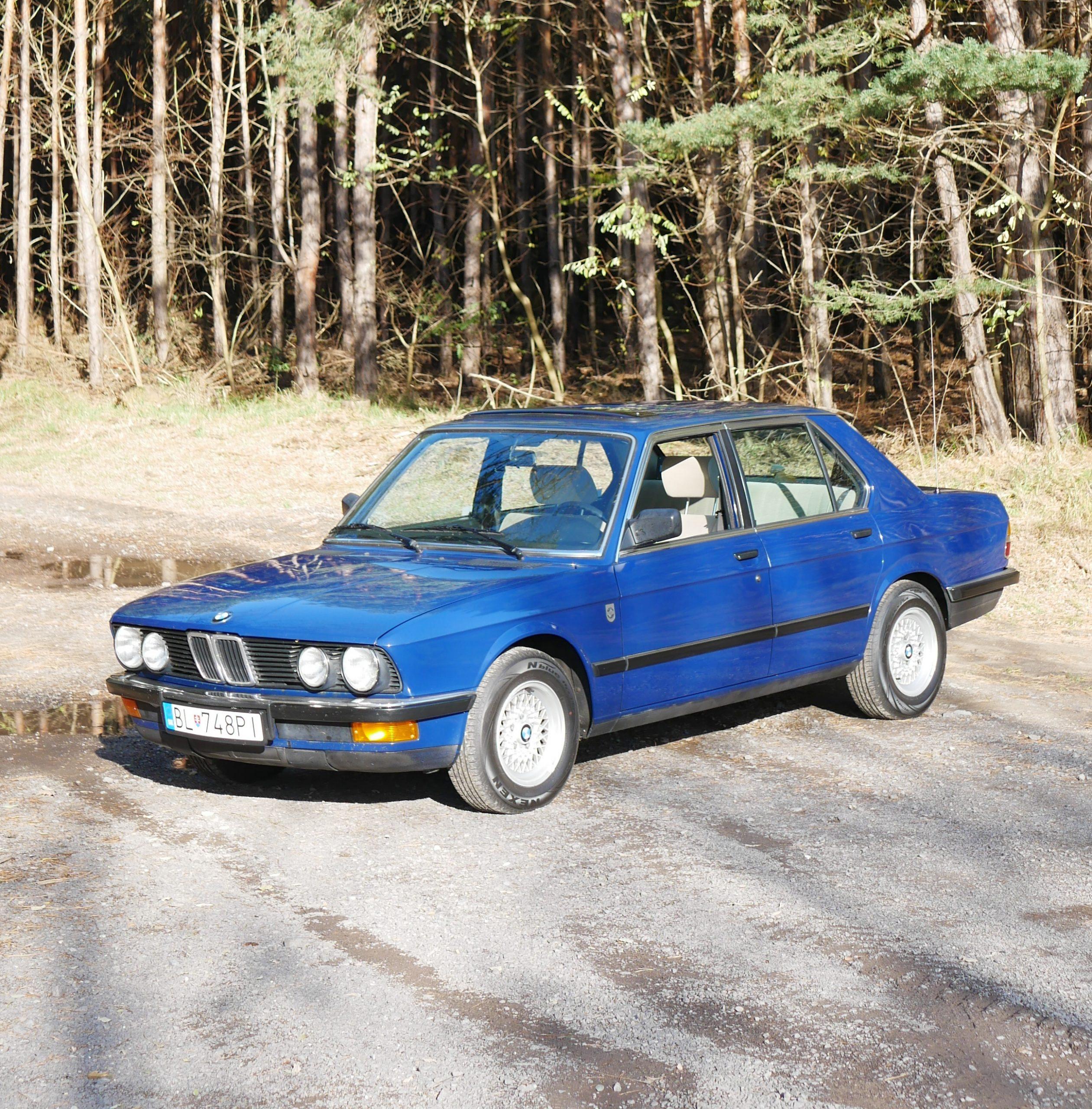 BMW 5 E28