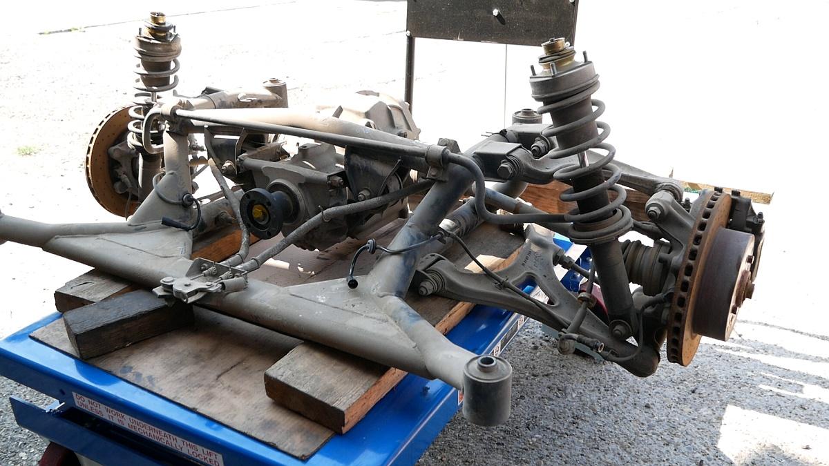 Zadná náprava 3200 GT pôjde na repas