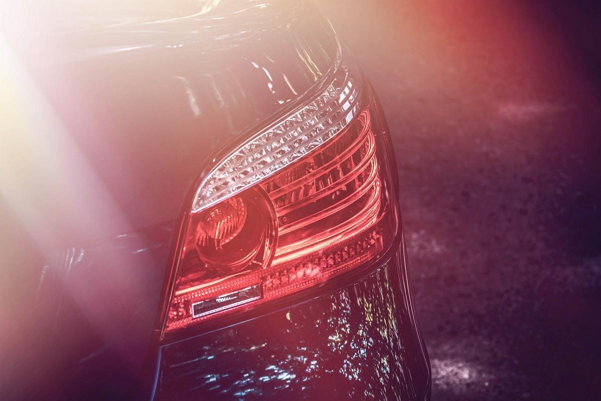 Svetlá BMW 550i E60