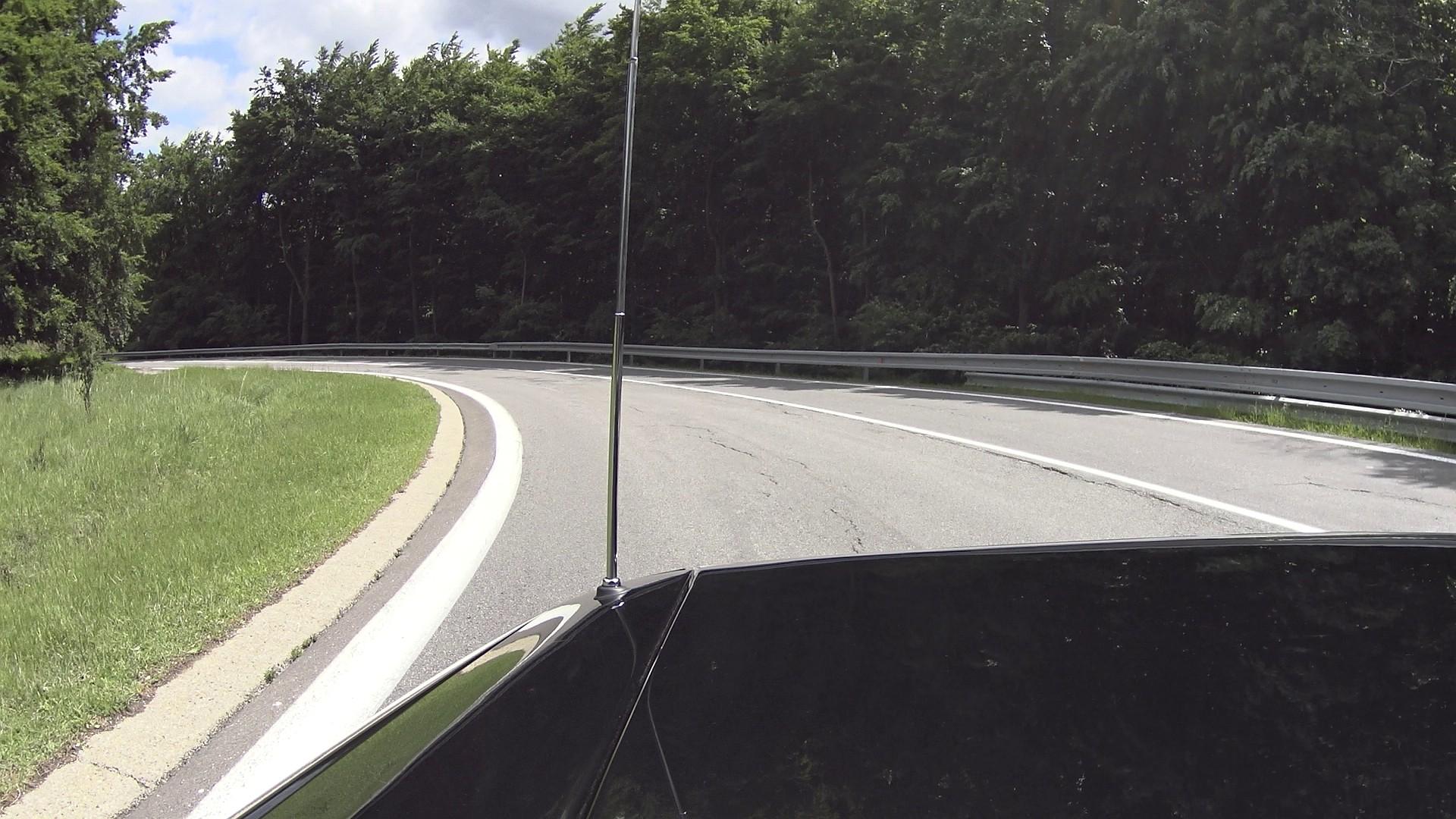 Pezinská Baba a Jaguar XJ-SC V12