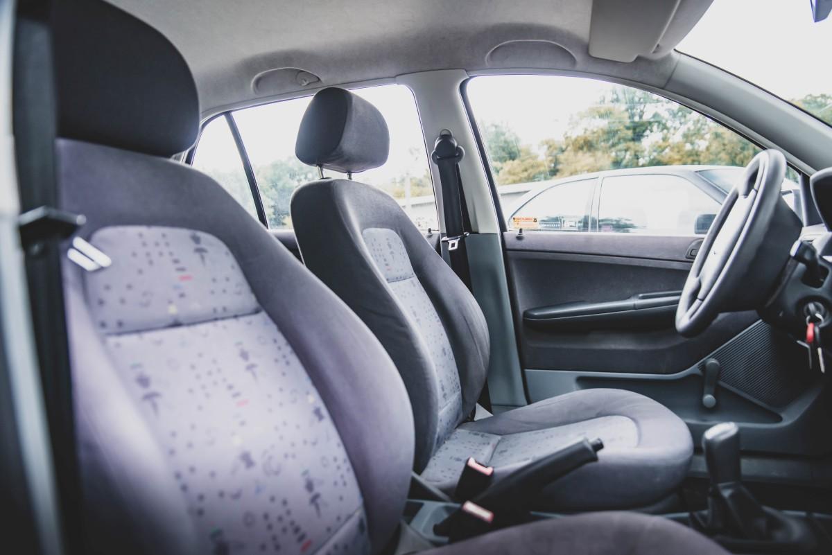 Škoda Fabia Junior 1.0 Interiér