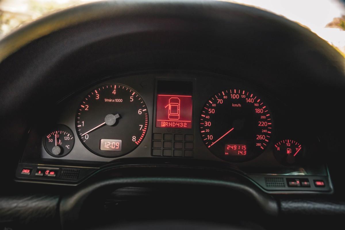Audi A8 4.2 D2