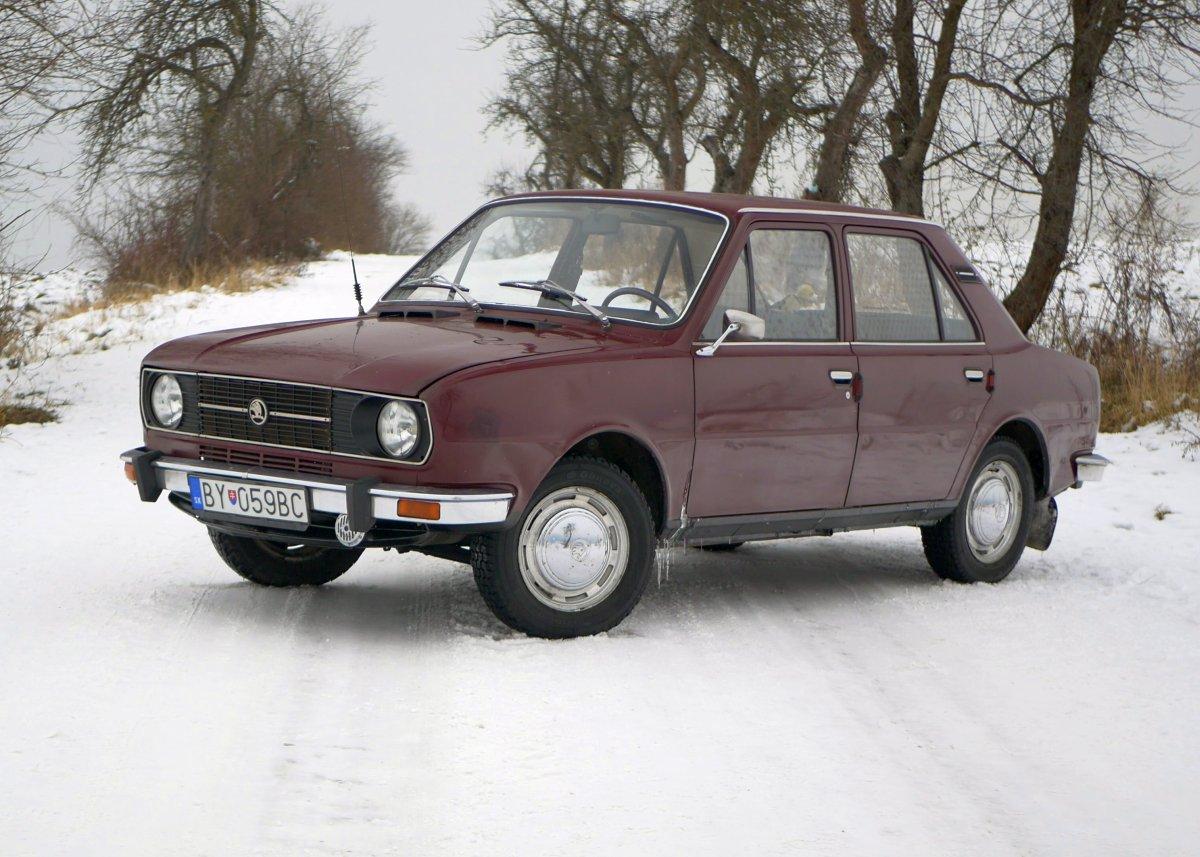 Škoda 120 typ 742