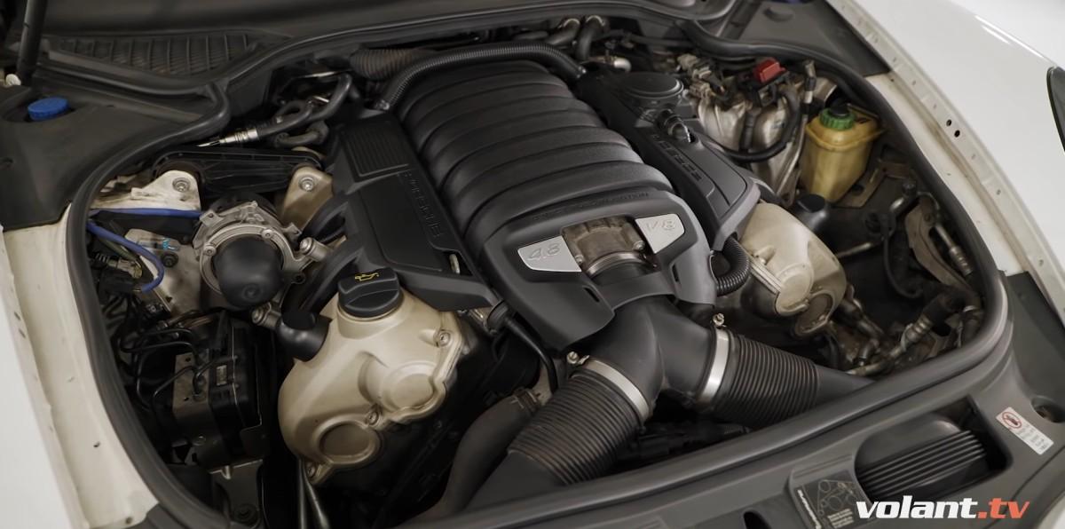 Motor 4,8 V8 Porsche Panamera 4S